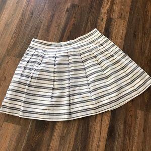 Beautiful Box Pleat skirt.  Gap.  Size 18